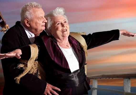 A 86 éves Erna Rütt és a 81 éves Alfred Kelbch suhant a szélben a Titanicon.