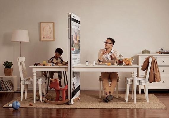 Rengeteg minőségi időt veszítünk, ha beszélgetés helyett a készüléket nyomkodjuk.