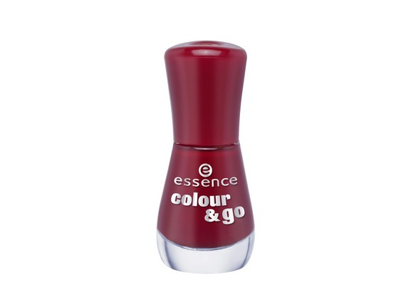 Az Essence Colour & Go körömlakk sokféle árnyalatban kapható, és mindössze499 forint.