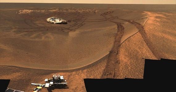 Az Opportunity az Eagle-kráterről és a leszállóegységről is fotót készített.