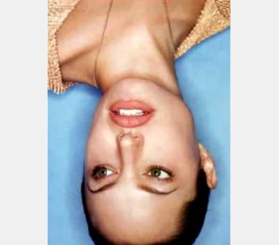 Angelina Jolie szép színésznő, de ez nem a legjobb fotó róla. Hogy miért? Fordítsd csak oldalra a fejed!