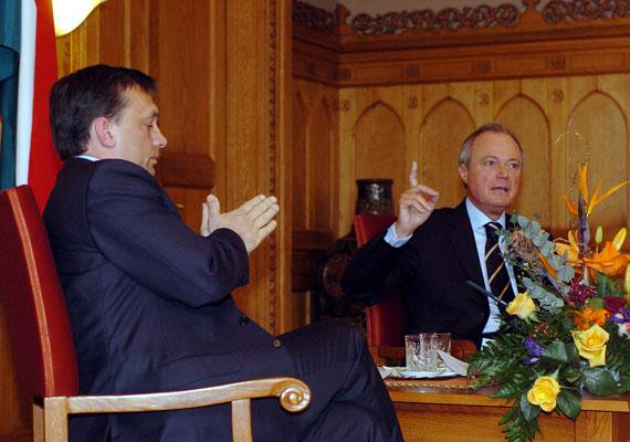 Bár Medgyessy Péter politikai tündöklése rövid életű volt, meg kell említeni Orbán ellenfelei közt, hiszen 2002-ben ő volt az a kormányfőjelölt, akivel az MSZP nyerni tudott - akkor komoly meglepetésre.