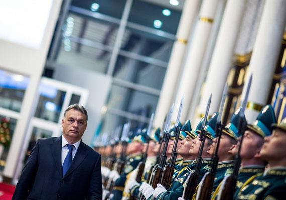 Kazahsztánra a magyar kormány kiemelten figyel, ezt jelzi, hogy a kormány kedvenc megállapodását, stratégiai partnerséget is kötöttek.
