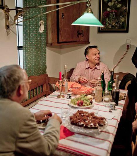 Kötcse  Orbán Viktor a hatodik alkalommal megrendezett polgári pikniken vett részt Kötcsén 2010. szeptember 6-án.