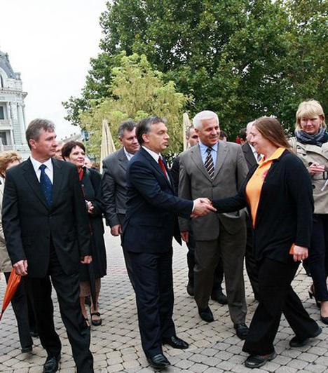 Nyíregyháza  Orbán Viktor 2010. szeptember 30-án, miskolci látogatása előtt nézte meg Nyíregyházát, az önkormányzati választási kampány keretében.