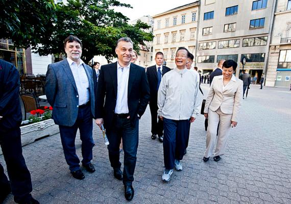 Orbán Viktor fogadta Ven Csia-pao kínai kormányfőt, aki nagyszabású befektetéseket tervez az országban.