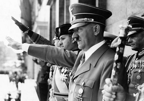 Körülbelül hatmillió zsidó halála szárad - ha nem is közvetlenül - Adolf Hitler lelkén. A rettegett náci vezér állítólag a sátán parancsára cselekedett így, a szóbeszéd szerint tagja volt a Halál Testvérei nevű sátánista szervezetnek, amelynek legfőbb célja egy új, megfigyelt és ellenőrizhető társadalom megszervezése volt. Szerinted Hitler valóban a sátán követe volt? A részletekről itt olvashatsz bővebben! »