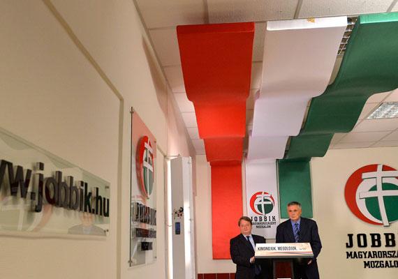 A csütörtöki Magyar Nemzet szerint a Jobbik európai parlamenti képviselője, Kovács Béla együttműködött az orosz titkosszolgálatokkal. Polt Péter legfőbb ügyész ezért az Európai Parlamenthez fordult, a politikus mentelmi jogának felfüggesztését kérve. Kovács azonnal tagadta a vádakat, és nem mond le újabb jelöltségéről.