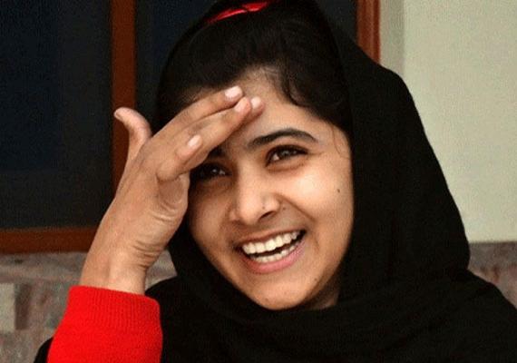 A pakisztáni Malala Juszufzai és az indiai Szatjárti megosztva kapta az idei Nobel-békedíjat. Mindketten emberjogi harcosok. Juszfzai a valaha élt legfiatalabb díjazottja ennek a kategóriának. Ő akkor vált világhírűvé, amikor túlélt egy brutális merényletet, amit a tálibok követtek el ellene, mert a tanulás és a lányok iskoláztatása mellett kampányolt. Azóta is a lányok és nők jogaiért küzd. Nagy esélyesként tartották számon Ferenc pápát is, azonban ezúttal lecsúszott a díjról.