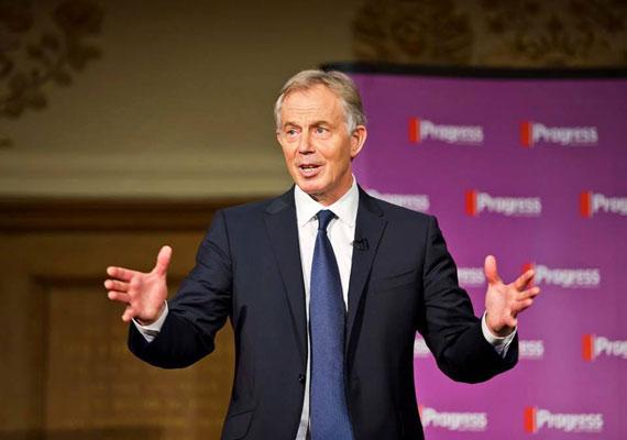 Egy terrorizmussal gyanúsított férfi ügyének vizsgálatakor derült ki, hogy feltehetően Tony Blair egykori brit kormányfő ellen is merényletet terveztek szélsőségesek. A férfi pere részben titkosan zajlik, ezért a felfedezésről a sajtó csak most szerezhetett tudomást. Állítólag a férfi autójában megtalálták Blair és neje privát lakcímét. Az esküdtszék szerint a gyanúsított válogatás nélküli öldöklésre készült Londonban, úgy, ahogy 2008-ban az indiai Mumbaiban is történt. Ott 174-en haltak meg a napokig tartó lövöldözésekben. Nagy-Britannia nemrég a második legmagasabb szintre emelte a terrorkészültséget.