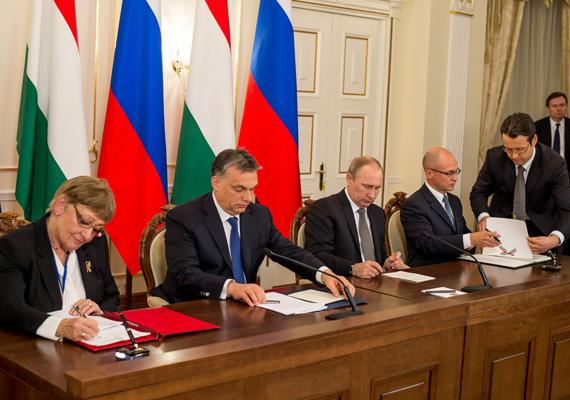 A miniszterelnök, Orbán Viktor és az orosz elnök, Vlagyimir Putyin a héten megállapodást írtak alá a paksi atomerőmű bővítésével kapcsolatban. Orbán szerint a magyar gazdaság enélkül nem tud versenyképesen működni, valamint a megállapodás nem fogja veszélyeztetni Magyarország függetlenségét.