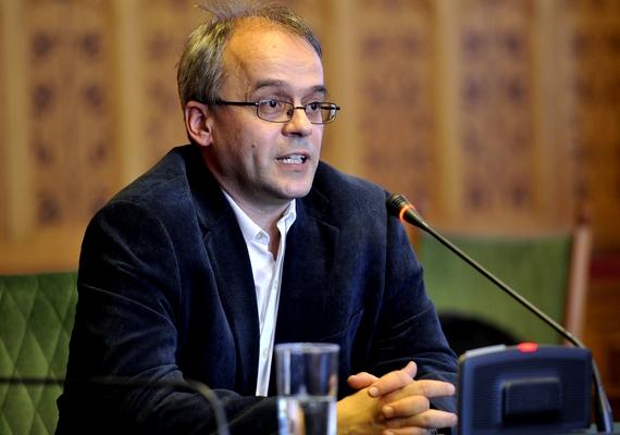 A Nemzeti Adó- és Vámhivatal a jogszabályoknak megfelelően járt el az adózók ellenőrzésénél, az adóhatóság az ezzel ellentétes nyilatkozatok miatt feljelentést tesz Horváth András ellen - közölte a Nemzetgazdasági Minisztérium hétfőn.
