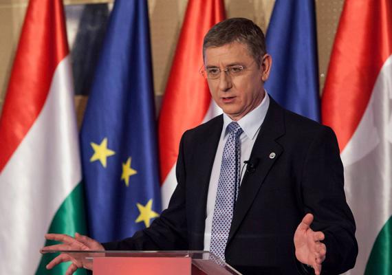 A nagy botrányt kavart, 2006-os őszödi beszédről új információk láttak napvilágot. Egyesek szerint Gyurcsány Ferenc áldását adta a felvétel kiszivárogtatására, viszont az egykori miniszterelnök Facebook-oldalán azt írta, hogy a beszéd szivárogtatása és a titkosszolgálati jelentések mind a Fidesz politikai érdekeit voltak hivatottak szolgálni. Olvasd el cikkünket a témában! »