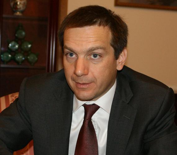 Bajnai Gordon visszatért, de nem adott egyértelmű választ arra, hogy 2014-ben megméretteti-e magát miniszterelnök-jelöltként.