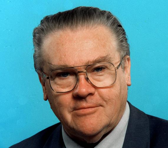 Életének 78. évében meghalt Csurka István - tudatta Papolczy Gizella, az író, politikus hozzátartozója szombaton az MTI-vel.