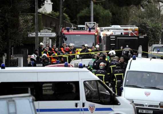 Elkapták a toulouse-i merénylőt, aki kegyetlenül lemészárolt három kisgyereket, és további négy ember haláláért felelős. A merénylőt fejbe lőtték.
