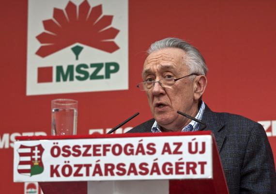 Kovács László, aki jelenleg még az MSZP alelnöke, korábban külügyminiszter, EU-biztos, nem kapott tisztséget az MSZP-ben, a párt nélküle folytatja. Nem esett neki jól a döntés.