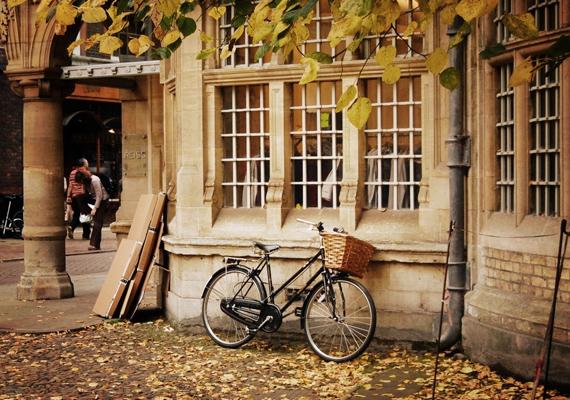 Retró bicikli, ha szereted a régiségeket. Itt töltheted le a háttérképet! »