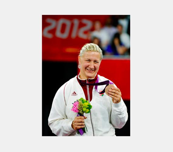 Krajnyák Zsuzsa két ezüstérmet szerzett párbajtőrben, az egyiket egyéniben, a másikat csapatban. Zsuzsa begyűjtött egy bronzot is tőrvívásban.