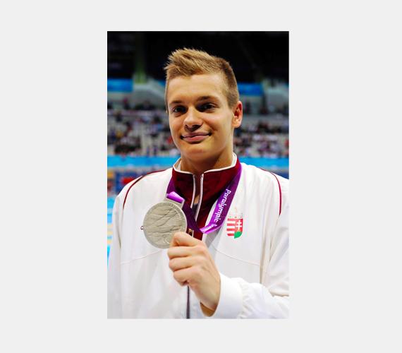Tóth Tamás két ezüstérmet szerzett, az egyiket 50 méteres gyorsúszásban, a másikat 100 méteres gyorsúszásban.