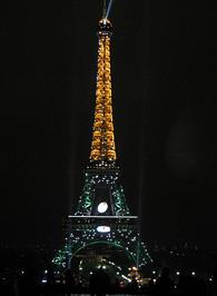 Az Eiffel-torony éjszaka