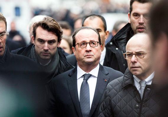 François Hollande már egy órával a támadás után megjelent a helyszínen. Az elnök a támadást terrorcselekménynek minősítette és a tettesek megbüntetését ígérte.
