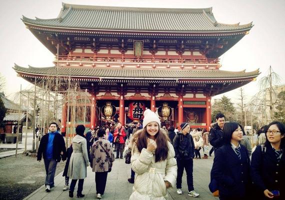Patai Anna minden nap informálja a rajongókat a történésekről: az énekesnő nagyon jól érzi magát kint.
