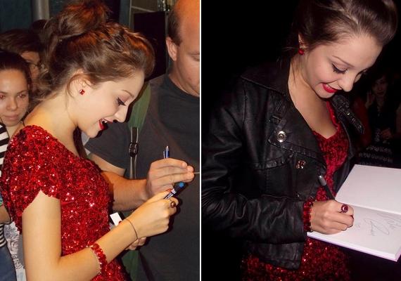 Láthatóan remekül érezte magát, autogramokat osztott, és dedikálta a róla szóló könyvet, amelyetGregori Erzsébet írt.