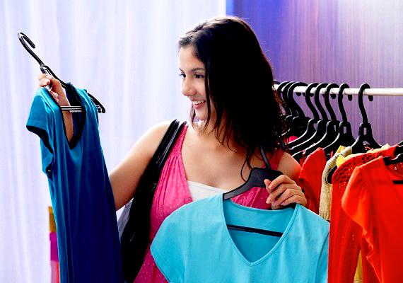 Az olyan ruhák, amelyeken már a vásárlás előtt is érzed, hogy nem feltétlenül van rájuk szükséged, jobb, ha az üzlet polcán maradnak.