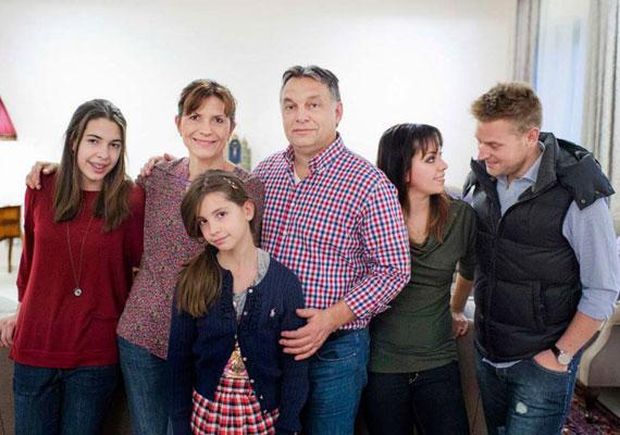 Ritka pillanat: együtt az egész család. A kép egy Story magazin számára készült.