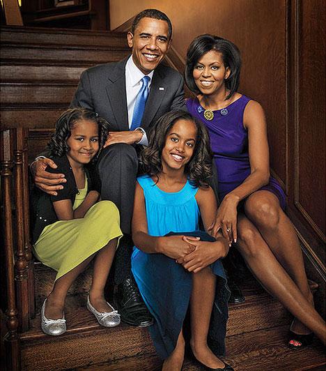 Barack Obama  Barack Obama az Amerikai Egyesült Államok első színes bőrű elnöke, felesége Michelle Obama.  Obama 1989 júniusában találkozott leendő feleségével, Michelle Robinsonnal, amikor a Sidley Austin alkalmazottjaként dolgozott Chicagóban.  1991-ben eljegyezte és 1992. október 3-án feleségül vette Michelle-t, aki szintén a Harvard jogi karán tanult. Két gyermekük született: Malia 1998-ban és Natasha - Sasha - 2001-ben.