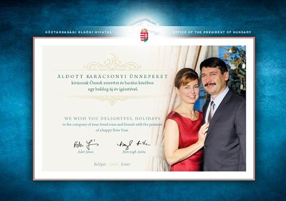 Áder János és felesége, Herczegh Anita ritkán engednek bepillantást a magánéletükbe, 2012-ben is csupán egy közös fotóval kívántak kellemes ünnepeket.