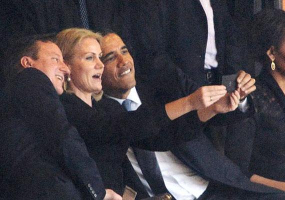 Külföldi politikusok is hibáznak, de kevesen akkorát, mint Obama. Az amerikai elnök valószínűleg nem büszke arra a pillanatra, amikor Nelson Mandela búcsúztatóján selfie-t készített Helle Thorning Schmidttel.