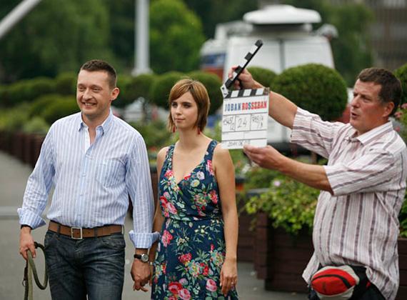 A fideszes Rogán Antal és felesége, Cecília szerepet vállaltak a TV2 Jóban Rosszban című sorozatában. A belváros polgármestere saját magát alakította.