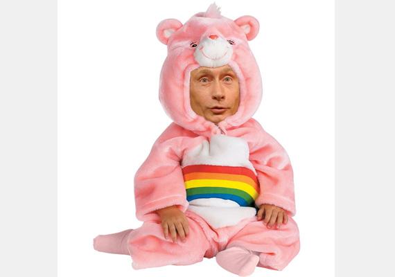 Mint ahogy a mellékelt ábra is mutatja, megérte a sok erőfeszítés! Putyin végül átváltozott.