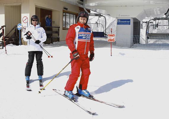 A kép szintén tavaly készült, amikor Putyin az orosz elnökkel, Dimitri Medvegyevvel Dél-Oroszországban téli vakációját töltötte épp.