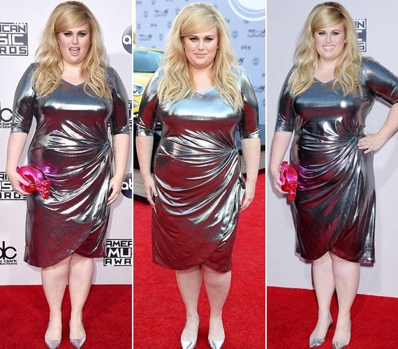 Így nézett ki Rebel Wilson a csinos, acélszürke ruhában: a fényes anyagok kövérítenek, de még így is látszik, hogy a színésznő le van fogyva.