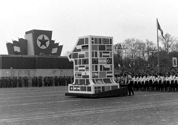 Budapest, május 1-jei felvonulás, 1957.