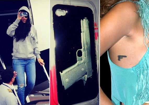 A fegyverek iránt is különös vonzalmat érez: még magára is tetováltatott egy pisztolyt.