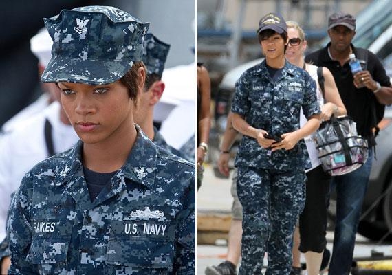 Új filmjében, a Battleshipben egészen más szerelésben domborít.
