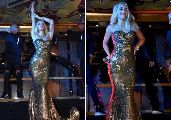 Később már nyoma sem volt a becsavart frizurának, Rita egy aranyszínű sellőruhában, egyenes hajjal lépett színpadra még aznap este Londonban.