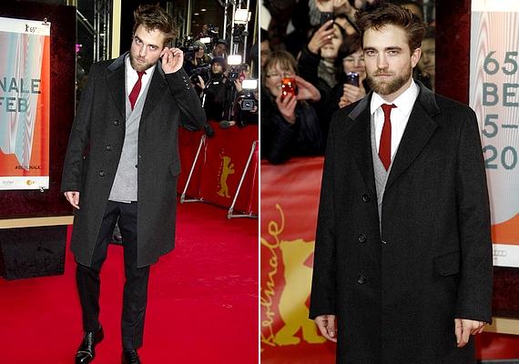 A 28 éves színészt aLife című film berlini premierjén kapták le a fotósok, ahol fekete ballonkabátot viselt, szürke zakóval és piros nyakkendővel.