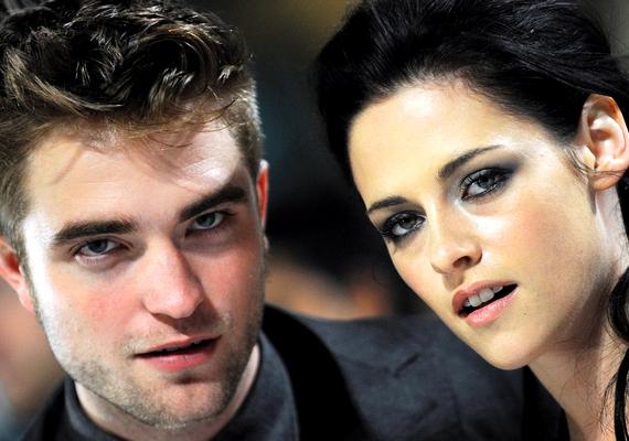 Robert Pattinson évekig járt filmbéli partnerével, Kristen Stewarttal, de májusban elváltak útjaik.