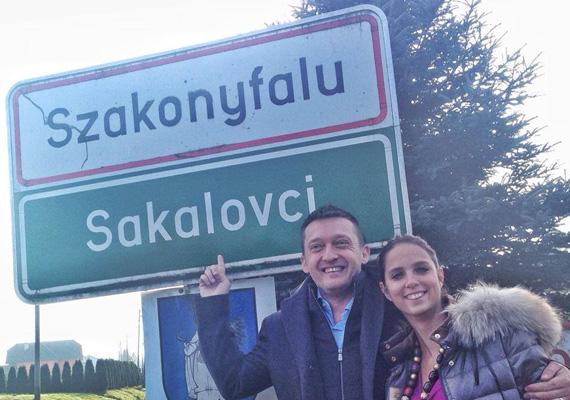 A most 41 éves politikus a szlovén, osztrák, magyar határon elhelyezkedő Szakonyfaluban nőtt fel.