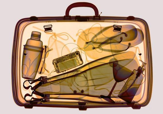 Mire bukkannál, ha átlátnál mások bőröndjén?