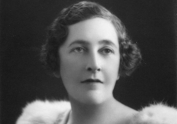 Minden idők legnagyobb krimiírója, Agatha Christie karrierje sem indult könnyen. Első könyvét hat kiadó is visszadobta, mielőtt a Bodley Head 18 hónapnyi gondolkodási idő után megjelentette.