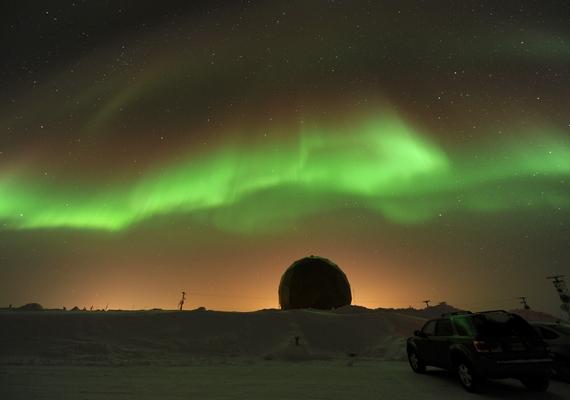 Leggyakrabban száz kilométer körüli magasságban figyelhető meg.