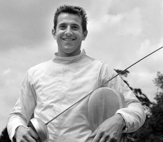 Schmitt Pál 1970-ben. A vívócsapatban két olimpiai aranyat szerzett.
