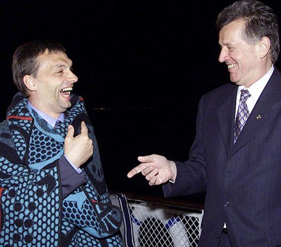 2003-ban bejelentette, hogy belép a Fideszbe, majd ugyanebben az évben megválasztották a párt egyik alelnökévé.