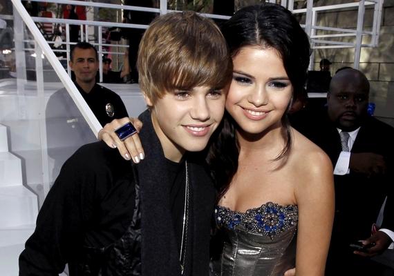 2011-ben találtak egymásra, és ők voltak Hollywood álompárja egészen a 2012-es szakításig.